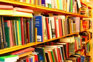 Bogsalg på biblioteket