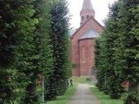 Havblik og kirke i skue