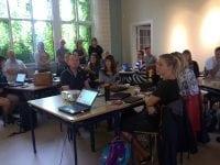 Skolelærere indtager læringscenter