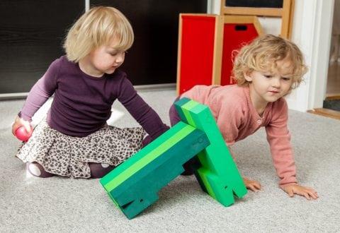 145 børn fra Holbæk Kommune tumler med krokodiller