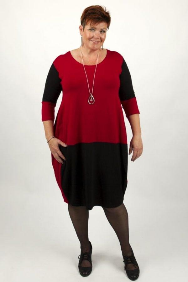 Nye kjoler hos Lydias Lux