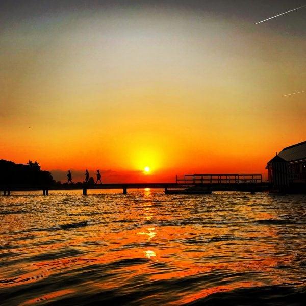 Solnedgang over Søbadet