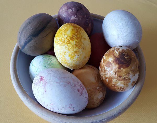 Klip påskepynt og tril æg