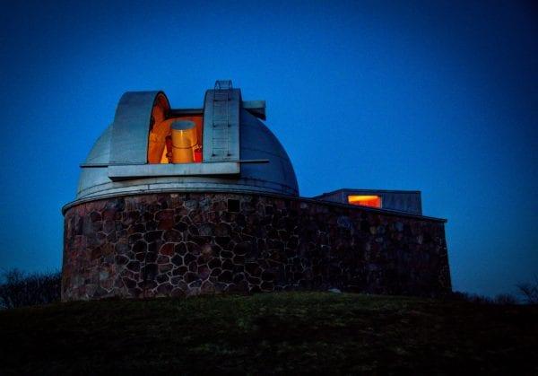 Danmarks største stjerneteleskop er klar igen