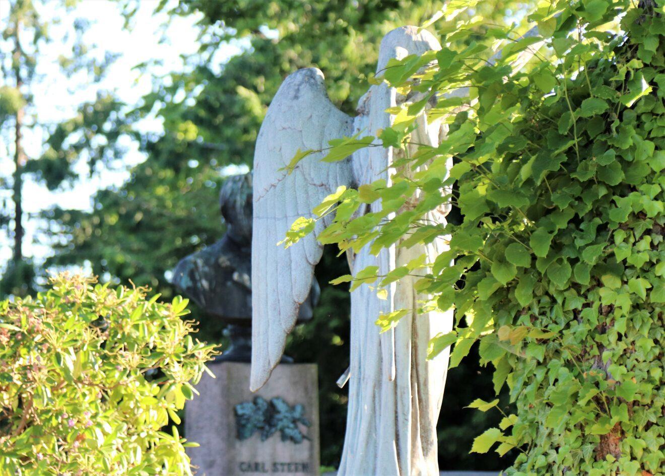 Kirkegården midt i Holbæk