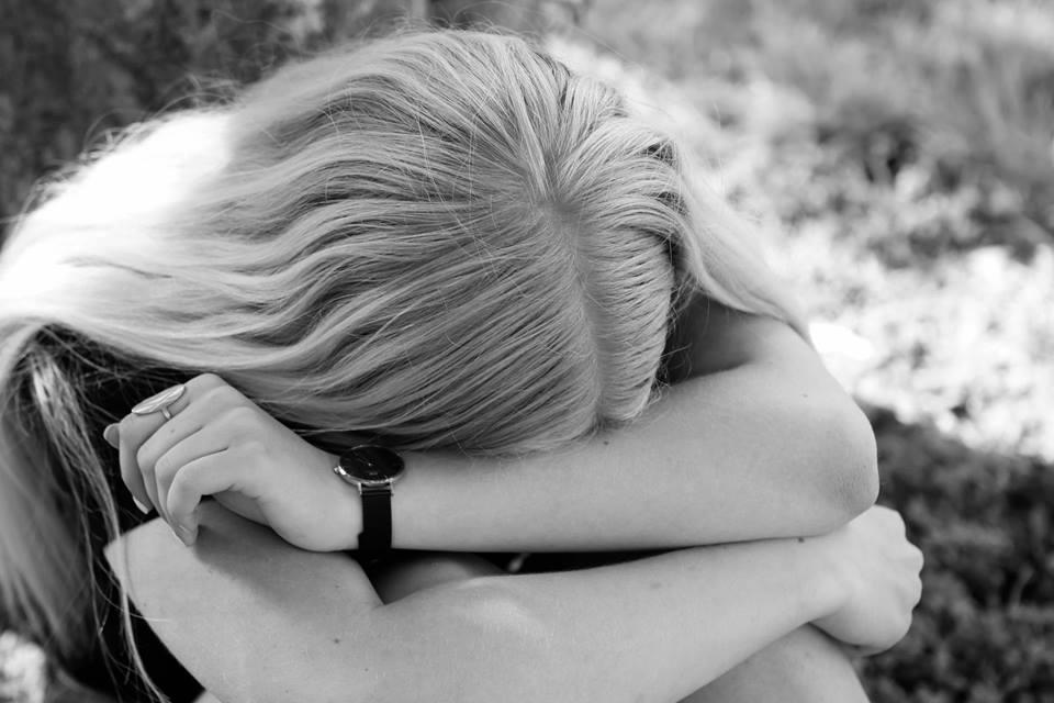 Få gratis rådgivning om psykisk sygdom – også i sommerferien