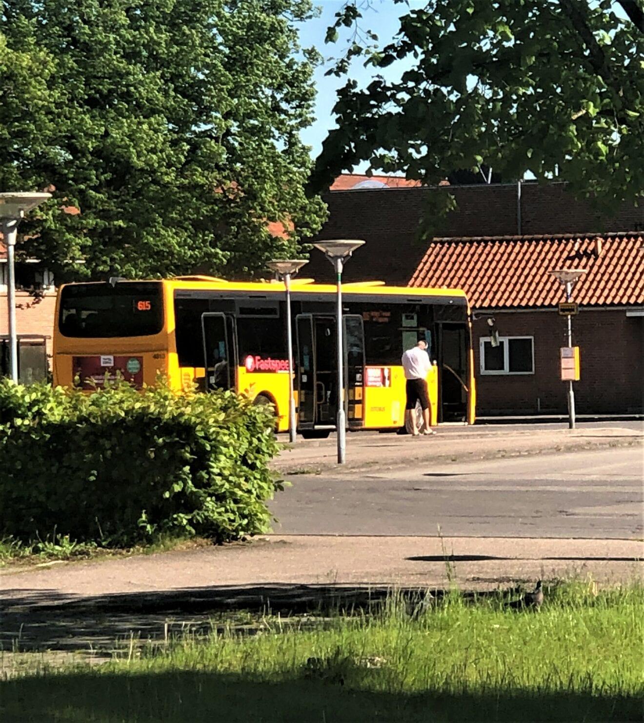 Nu lempes krav om mundbind i Movias busser, lokaltoge og flextrafik